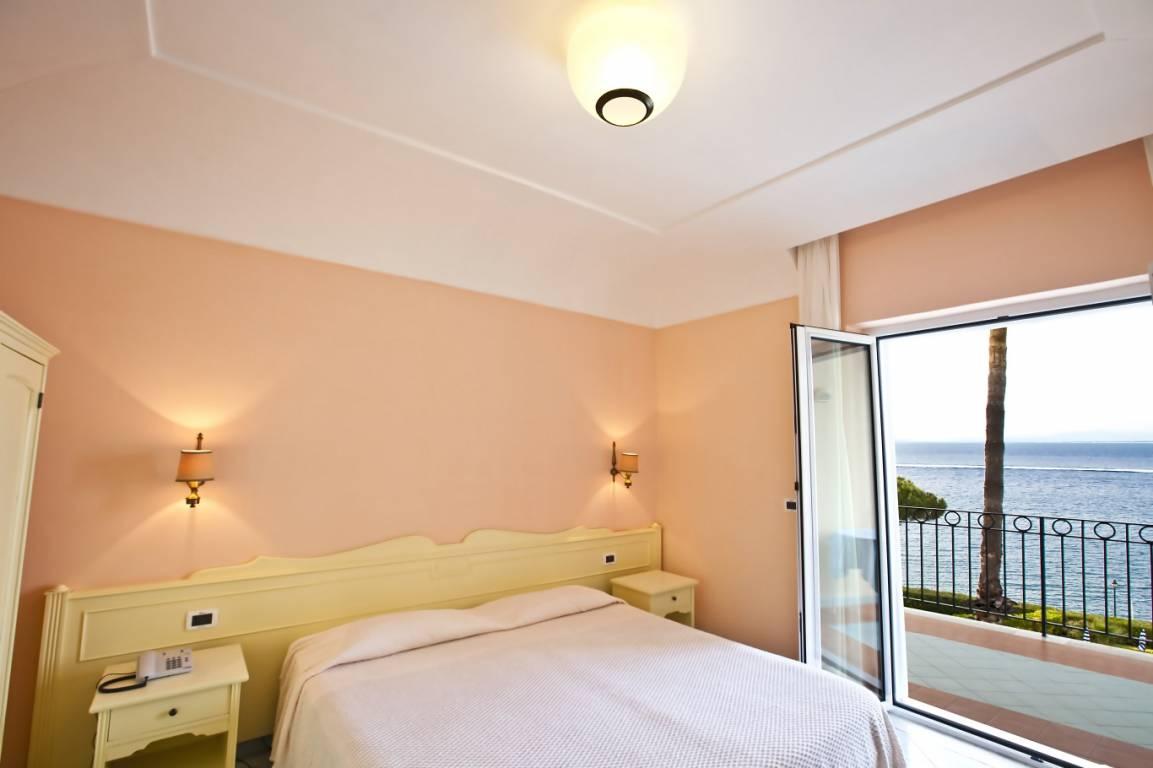 Hotel Alexander - Doppelzimmer mit Balkon
