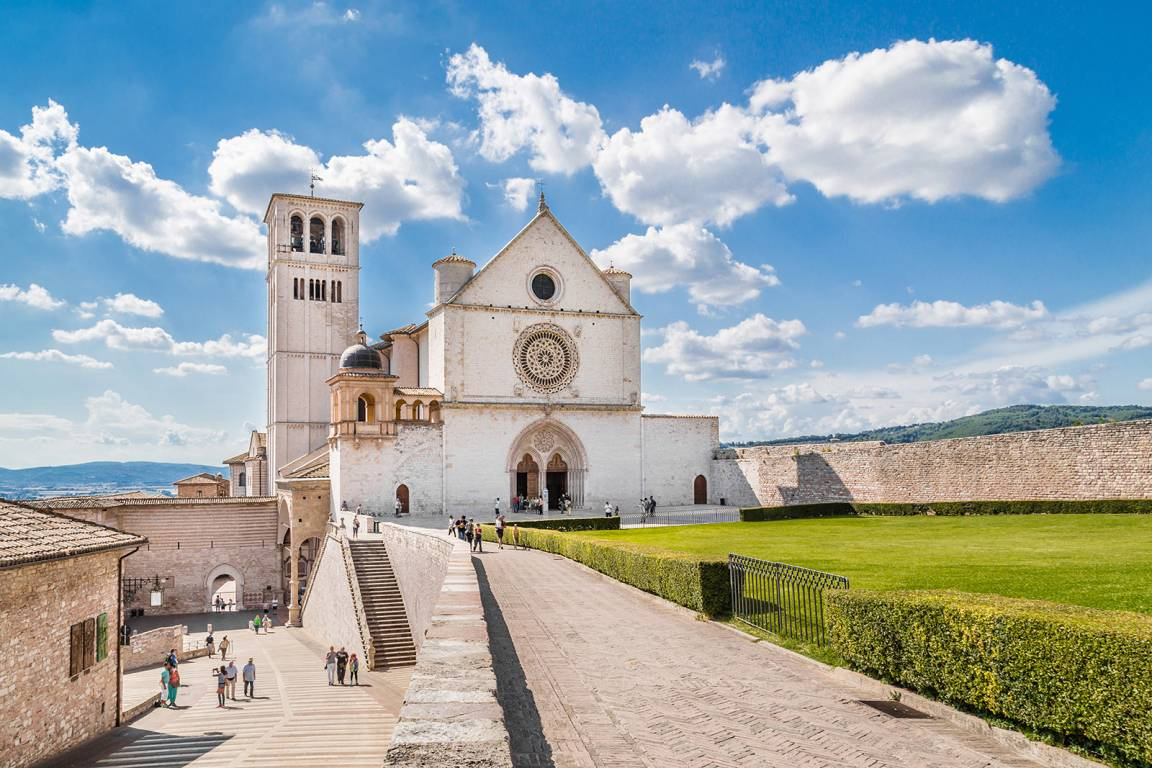 Kulturreise Zentralitalien - Toskana, Umbrien und Rom - Kirche Heiliger Franziscus Assisi - Umbrien