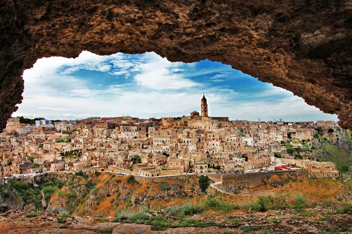 Die antike Höhlenstadt Matera