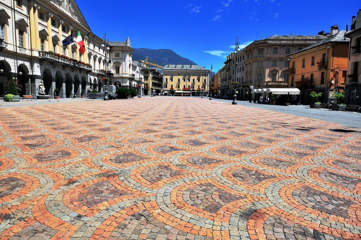 Platz in Aosta