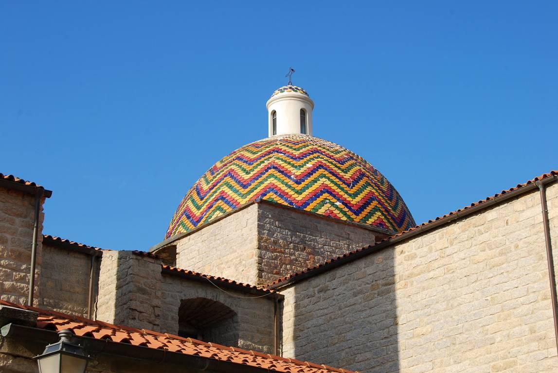 Region Sardinien - Kuppel Kirche in Olbia